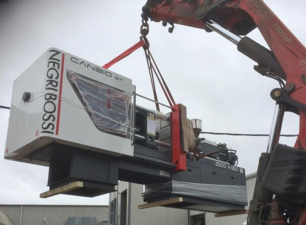 Negri Bossi machine delivery at Counterplas - UK Plastics News