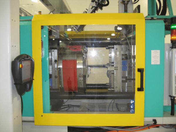 Plastics news ARBURG injection moulding machine