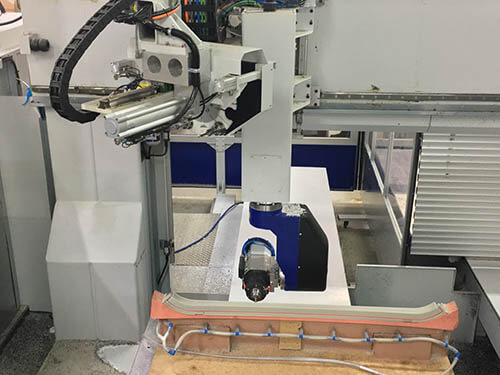 Plastics news Maka CNC machine