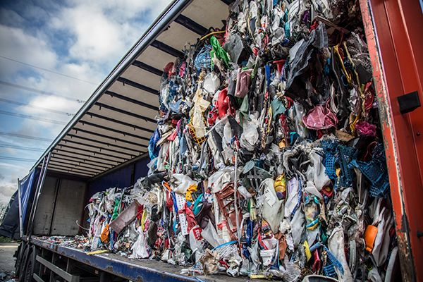 Plastics news contamination hinders plastic recycling