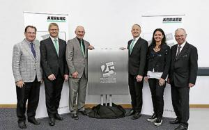Plastics news Arburg Ltd. in Warwick celebrates its 25th anniversary in 2018. In order to celebrate this special anniversary in fitting style, the subsidiary organised a two-day event with some 90 guests on 15th and 16th May 2018.