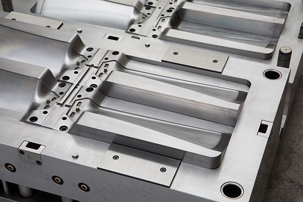 Plastics news Faulkner Moulds' Technical Investment Almost Eliminates Fitting