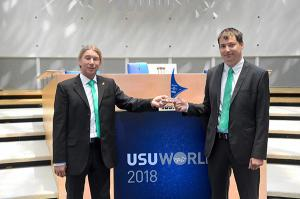 Plastics news Arburg Awarded for Innovative Knowledge Management in Service