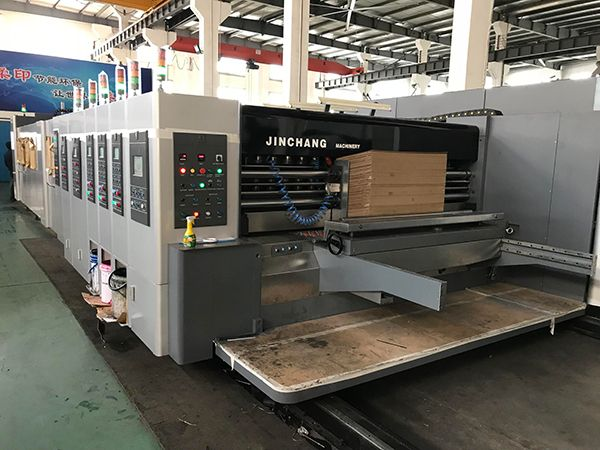 Weedon Corrugated Products Invests in New Casemaker