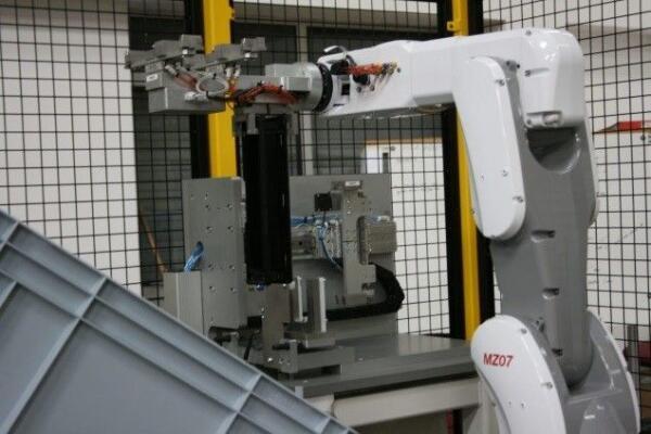 RNA De-Moulding Robot