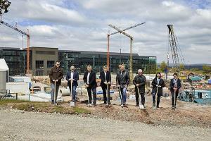 Plastics News New Arburg Assembly Hall