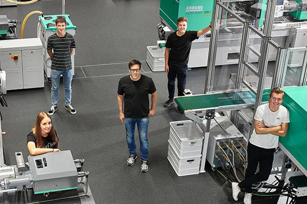 HTL Bregenz interns at Arburg