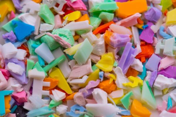 Scrap plastic material