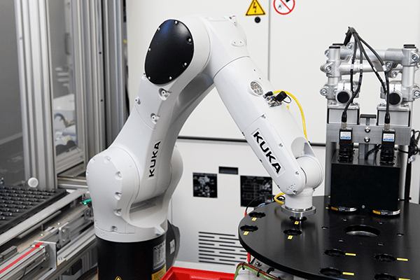 KUKA UK robot